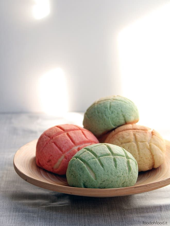 Melon pan - traditional Japenese sweet buns recipe