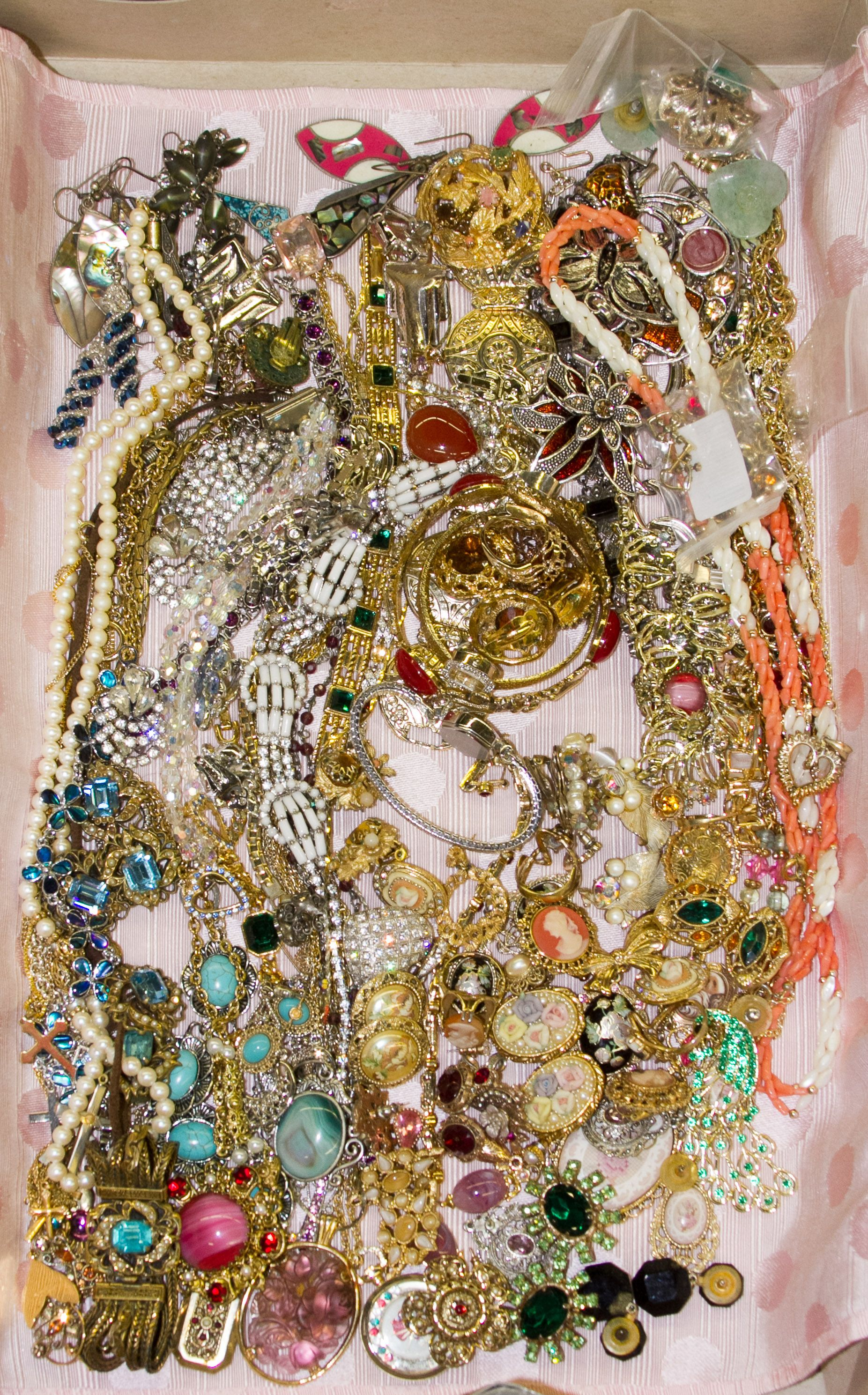Lot 579 Rhinestone and Costume Jewelry Assortment; Including necklaces rings pins pendants earrings and watches & Lot 579: Rhinestone and Costume Jewelry Assortment; Including ...