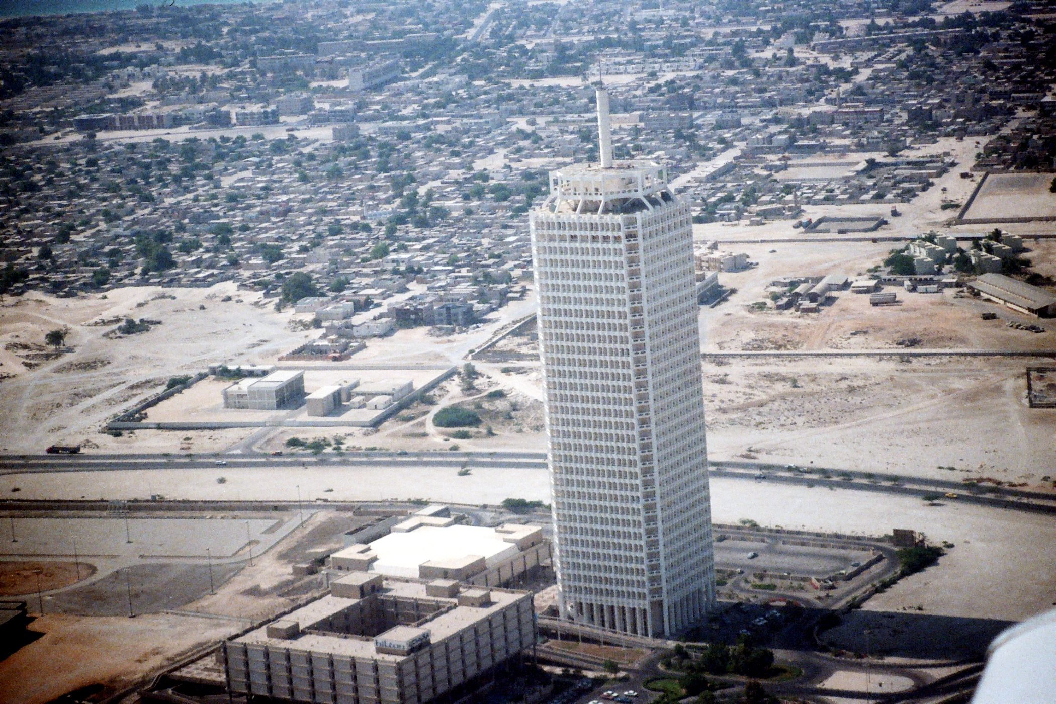 Dubai World Trade Centre In 1984 You Ll Be Hard Pressed To Find It These Days