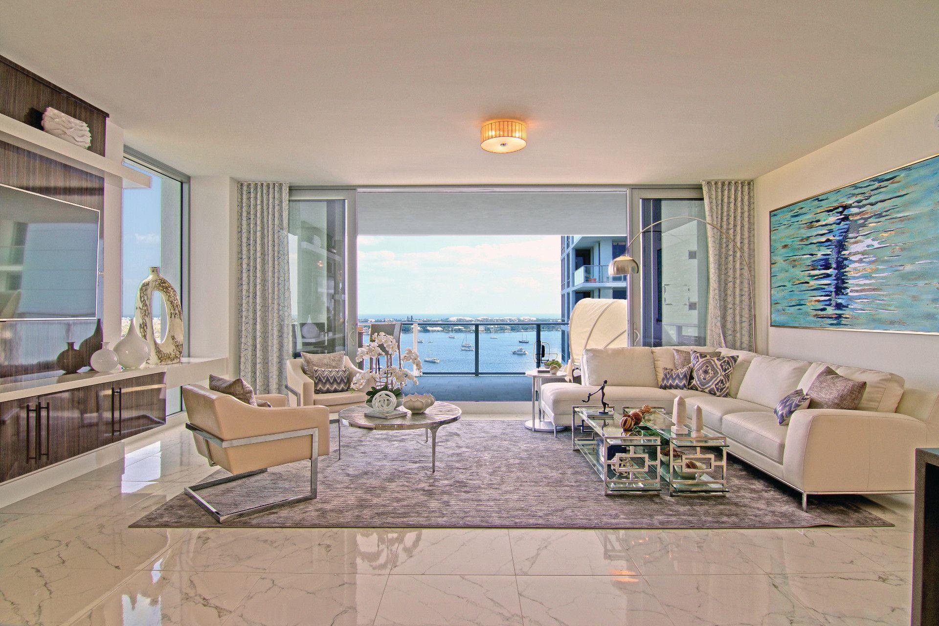 Beach Condo Living Room Ideas | www.resnooze.com