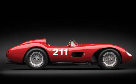 Classic sports car- 1957 Ferrari 625 TRC Spider
