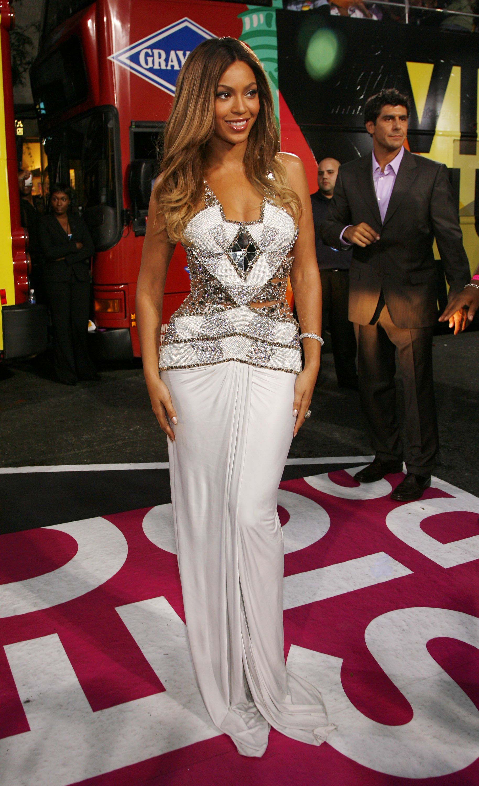 sparkly dress beyonce | Looks - Dresses - Evening - Long - Sparkly ...