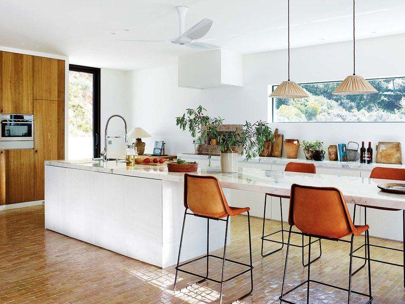 Barras y mesas funcionales para cocina   Taburetes de cuero, Mesa ...