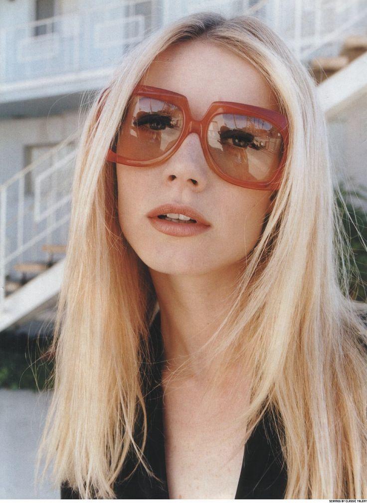 Memilih kacamata sesuai bentuk wajah: Gwyneth Paltrow.