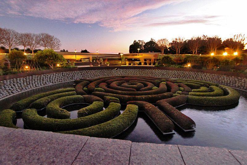 Hedge Maze   Getty Museum, LA (published February 1, 2012 by Barbara Weibel)