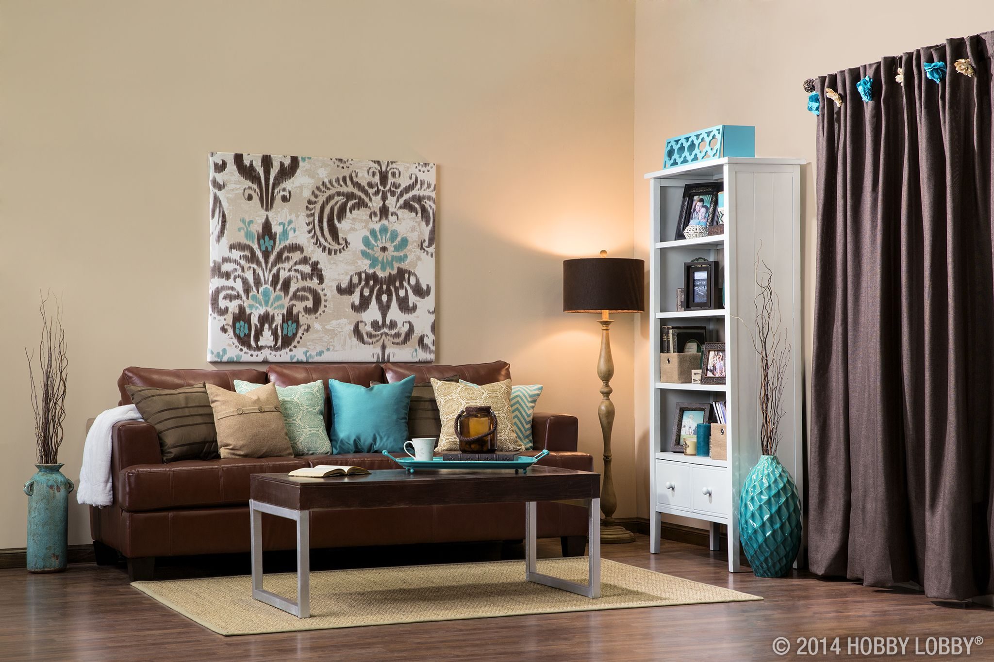 To achieve a down to earth contemporary casual style - Chocolate brown and white living room ...
