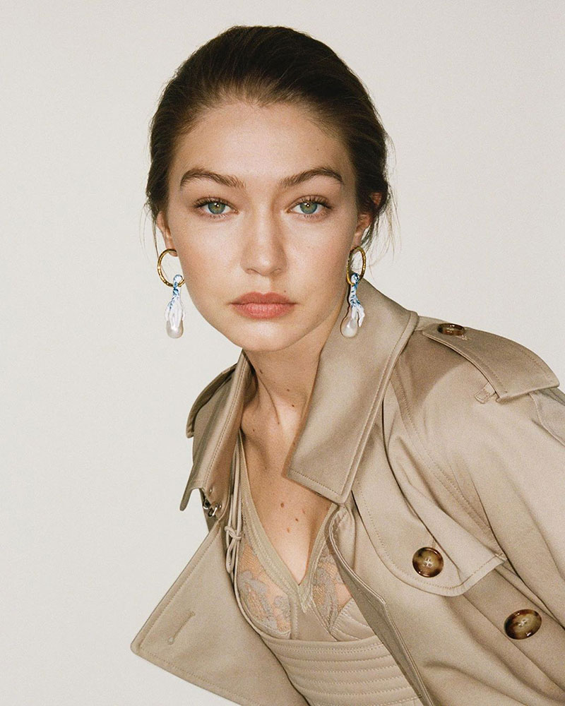 Gigi Hadid for Burberry by Riccardo Tisci Spring-Summer 2020 Ad Campaign – Model Off Duty Style