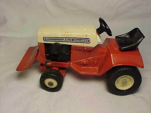 Orange U0026 White  Allis Chalmers Lawn And Garden Tractor With Blade
