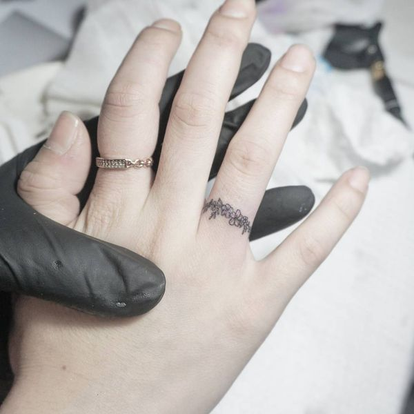 Beautiful Wedding Ring Tattoos: Wedding Ring Tattoos Ideas