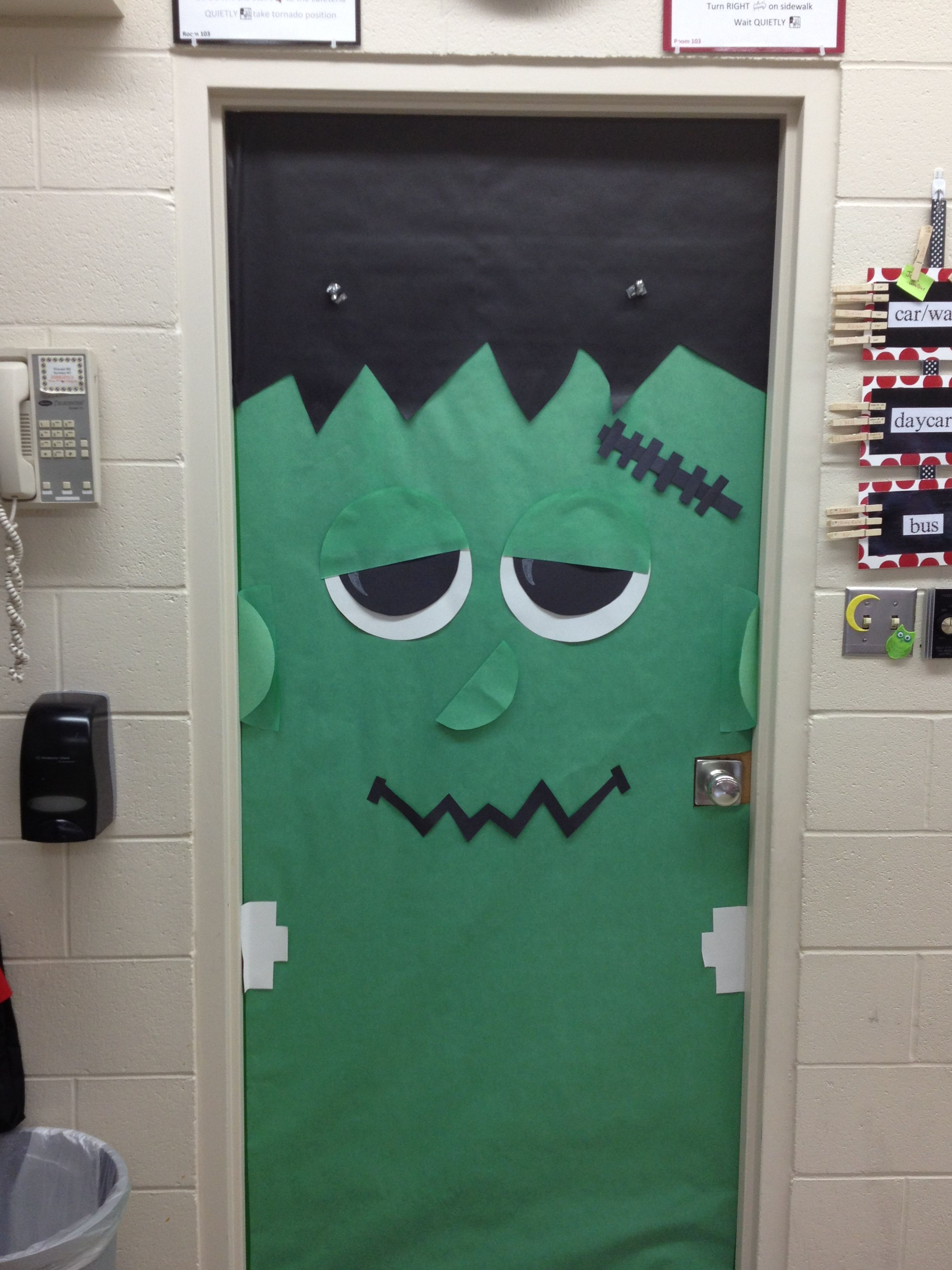 halloween door - Cute Halloween Door Decorating Ideas