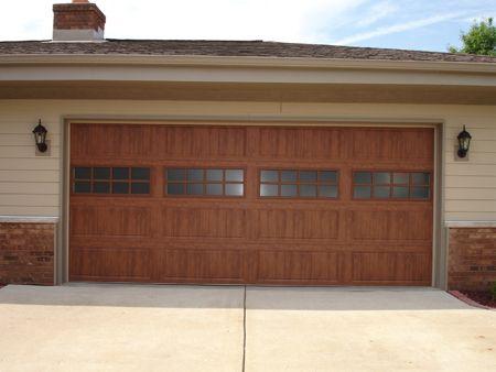 Photo Gallery Residential And Commercial Garage Doors Milwaukee Wi Garage Doors Overhead Garage Door Garage
