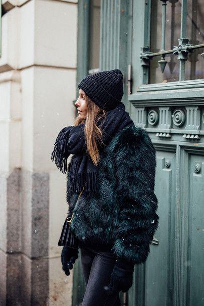 861b444cf83 Jacket  tumblr black fur faux fur black fur beanie black beanie jeans black  jeans scarf gloves