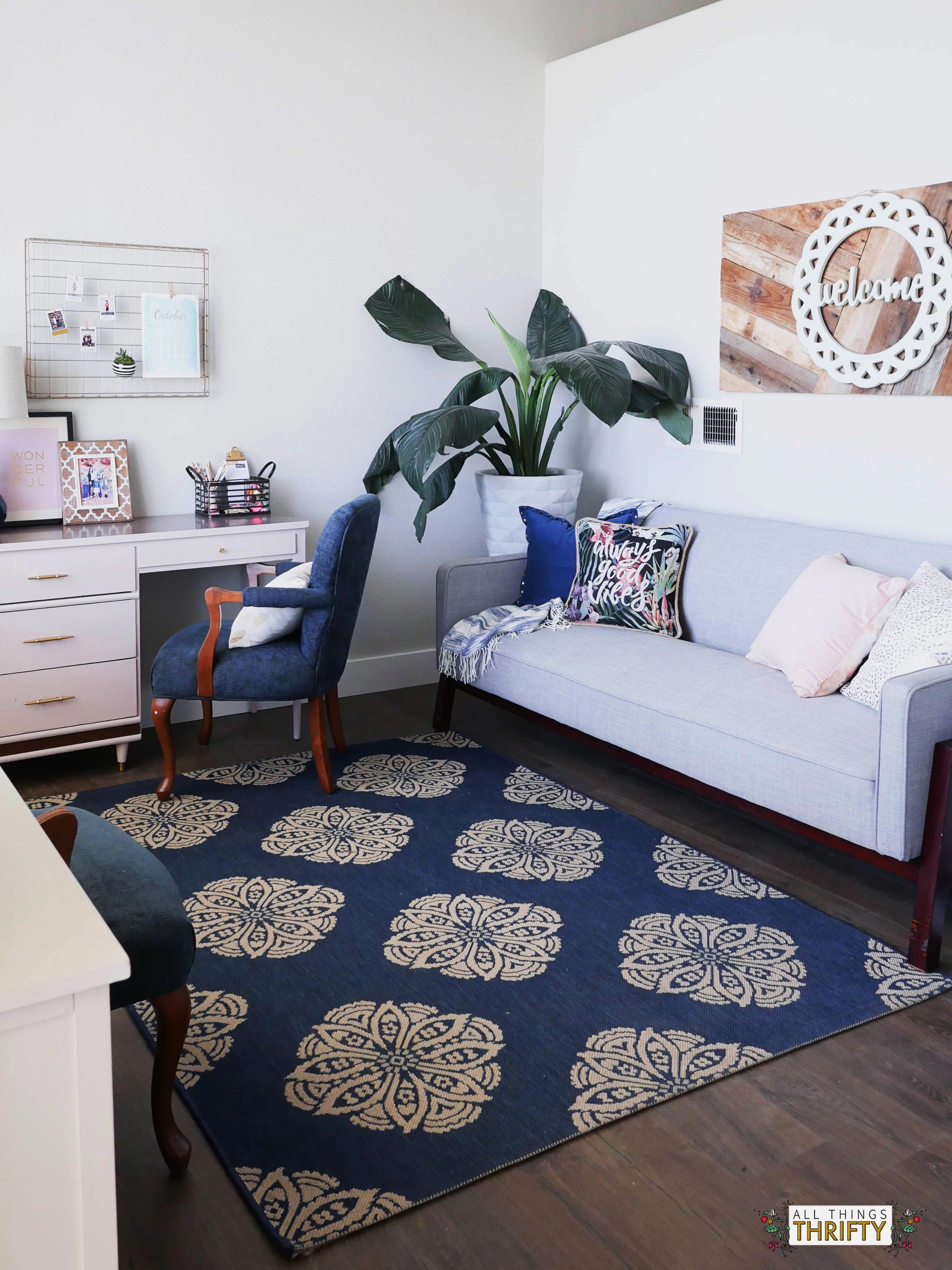 Navy Pink Gold And White Living Room Decor Ideas Glamourslivingroomdecor Living Room Grey Guest Room Futon Futon Living Room #pink #and #gold #living #room #decor
