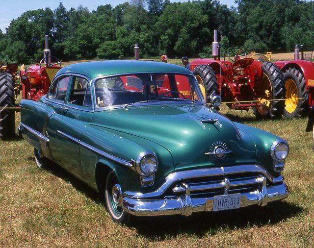 1952 Oldsmobile 98 4 Door Oldsmobile Cars Trucks Classic Cars