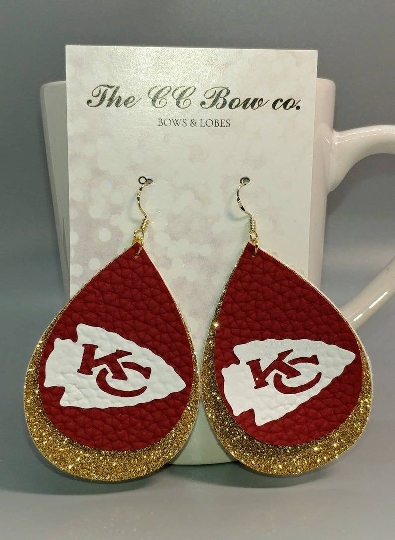 Chiefs Football Dog Tag with 30 chain necklace Great Gift Idea Kansas City