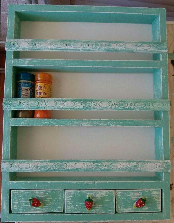 Bonito y original especiero hecho con madera de palet  2d425c319e22
