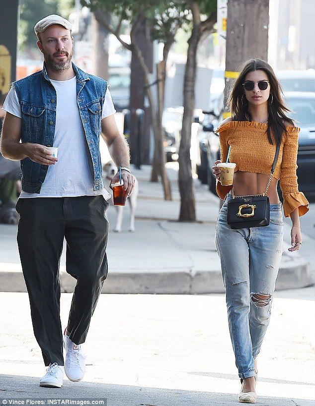 f2b5c22551ee Out and about: Emily Ratajkowski stepped out to grab coffee with boyfriend  Jeff Magid in Los Angeles on Friday