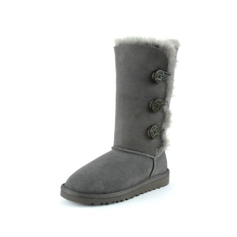 Shop for Tween UGG® Triplet Boot in Gray at Journeys Kidz. Shop today for the hottest brands in mens shoes and womens shoes at JourneysKidz.com.