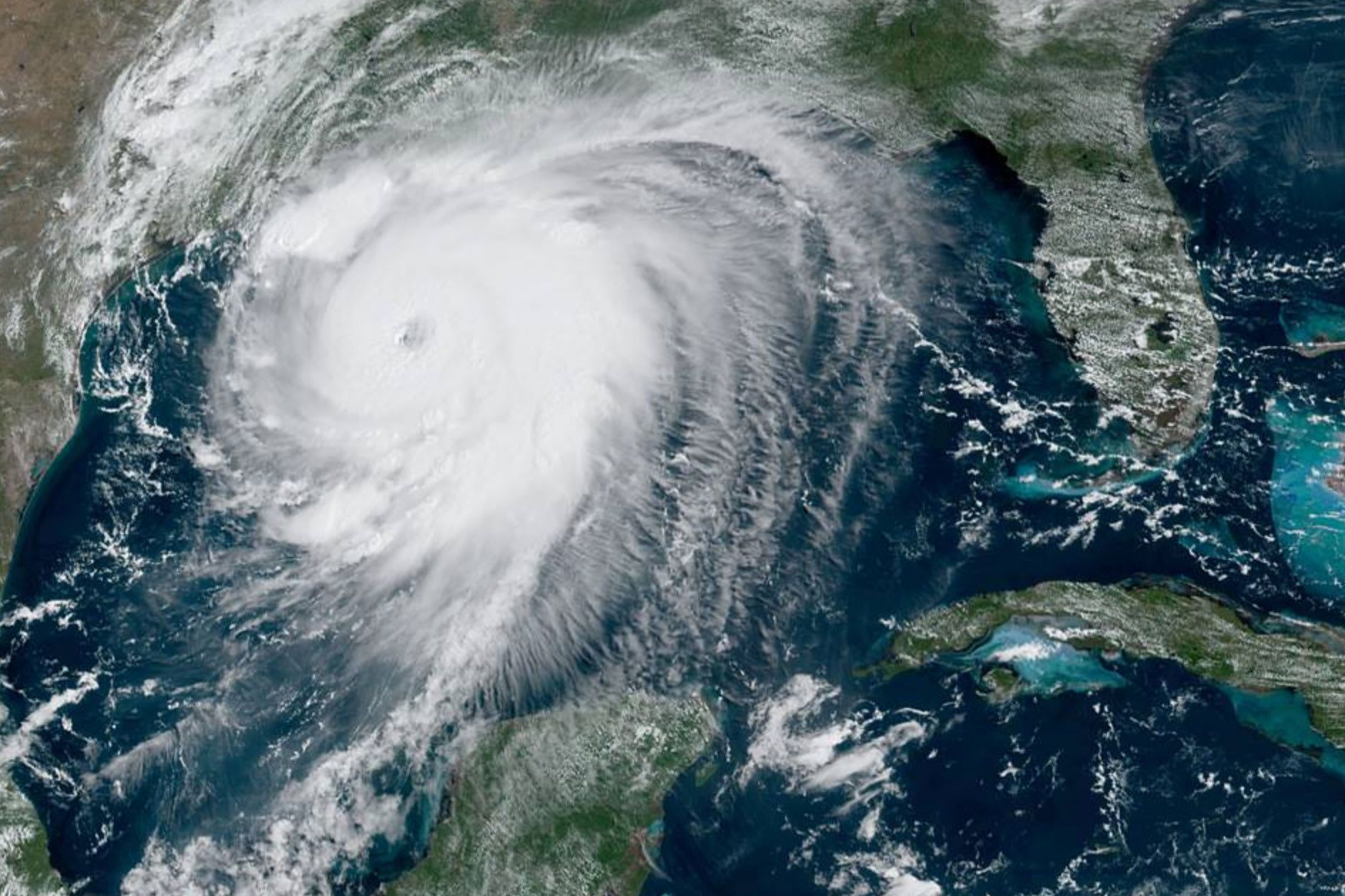 Laura Upgraded To Category 4 Hurricane Unsurvivable Storm Surge Forecast For Texas Louisiana In 2020 Storm Surge Hurricane National Hurricane Center