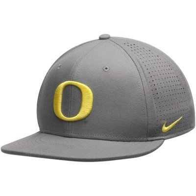 Men s Nike Gray Oregon Ducks True College Authentic Performance Vapor  Fitted Hat 0b8bfeaa71d
