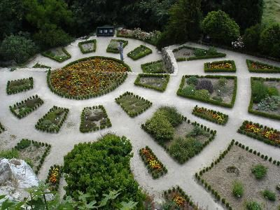 jardin-la-garde-adhemar