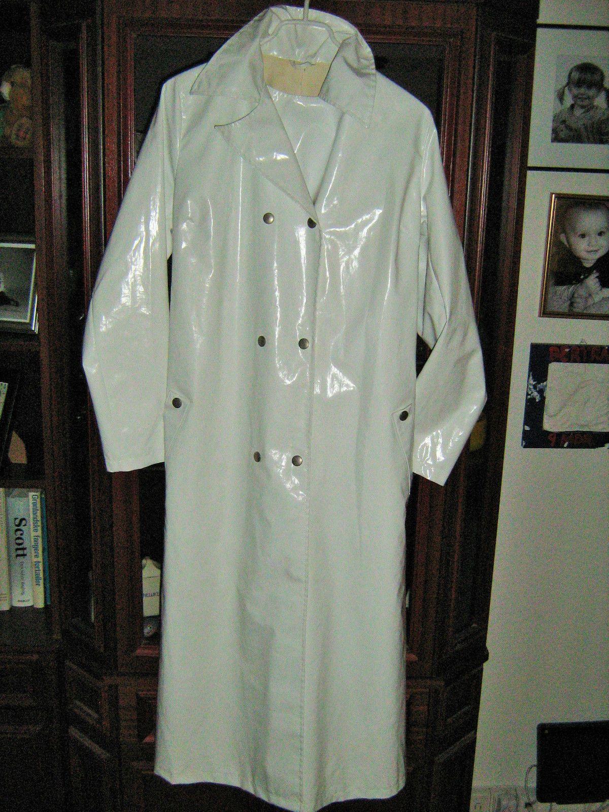 raincoat rain coat rubber latex regenmantel mantel gummi. Black Bedroom Furniture Sets. Home Design Ideas