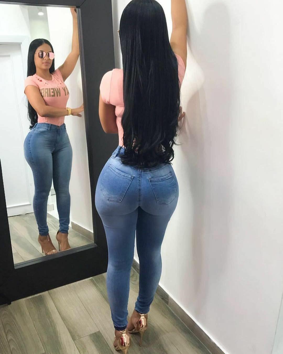 fa4aa185f5f Pin by Maria Santos on Sexy Latinas in 2019