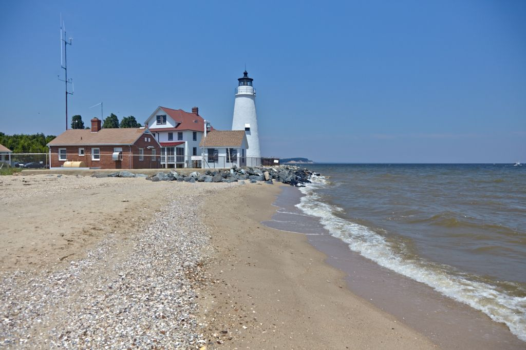 Cove Point Beach And Lighthouse By Rod Nasbe Photography Southernmaryland Ispylighthouses