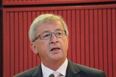 Juncker admite erros no resgate da Grécia  Antigo presidente do Eurogrupo reconhece que tanto a União Europeia quanto o FMI foram demasiado otimistas no início do processo e que por isso erraram. Mas não parece tirar qualquer consequência dessa admissão. O antigo presidente do Eurogrupo Jean-Claude Juncker reconheceu que a União Europeia e o FMI cometeram erros no resgate da Grécia. Durante [...]