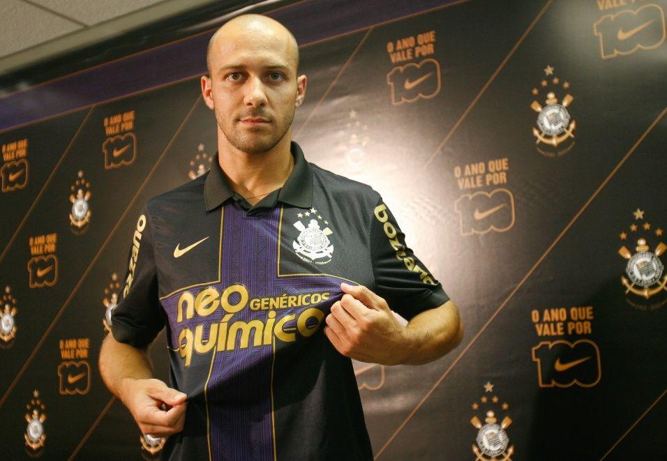 Torcedores elegem a terceira camisa mais bonita do Corinthians ... 1f3d6c6e6da60