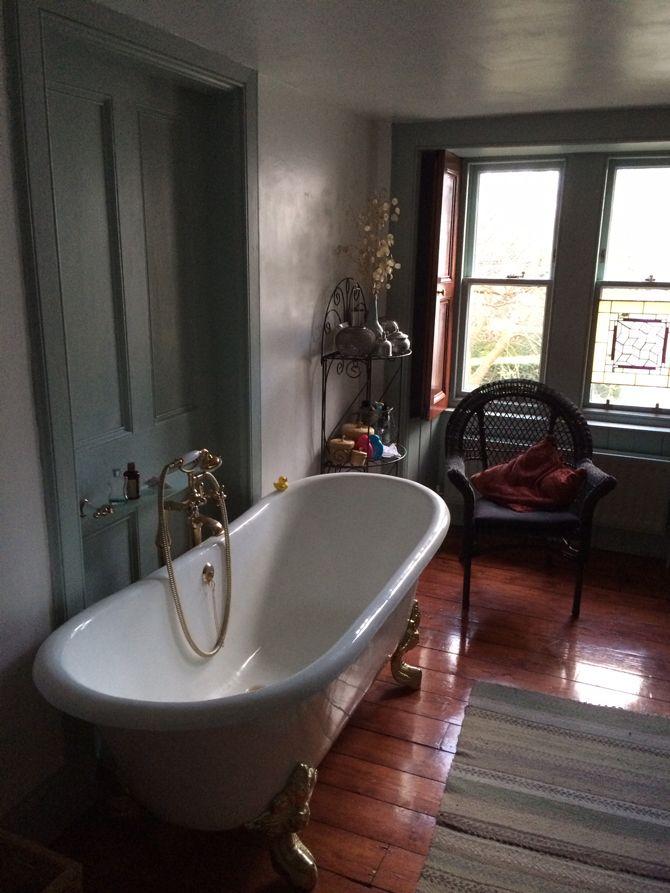 James Fleck\'s Salcombe Cast Iron Bath   Iron and Bath
