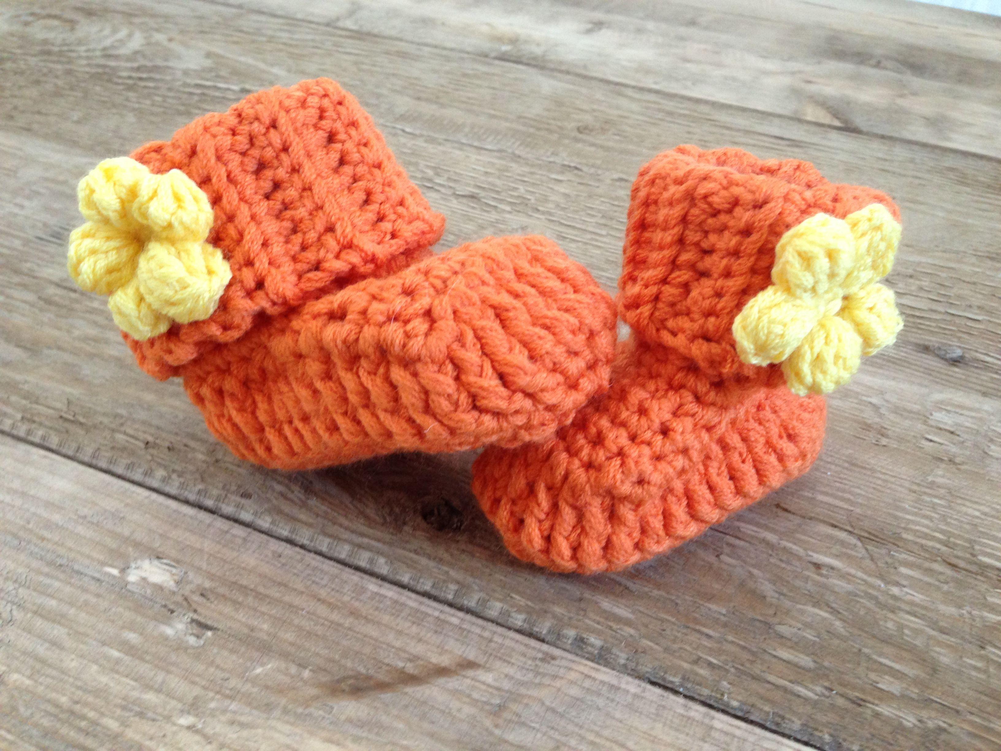 Free Pattern | CROCHET BABY BOOTIES | Pinterest | Para bebés, Bebé y ...