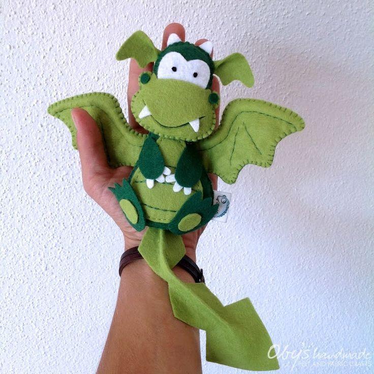 Felt dragon, nursery decor, baby gift idea, Oby's handmade #feltdragon