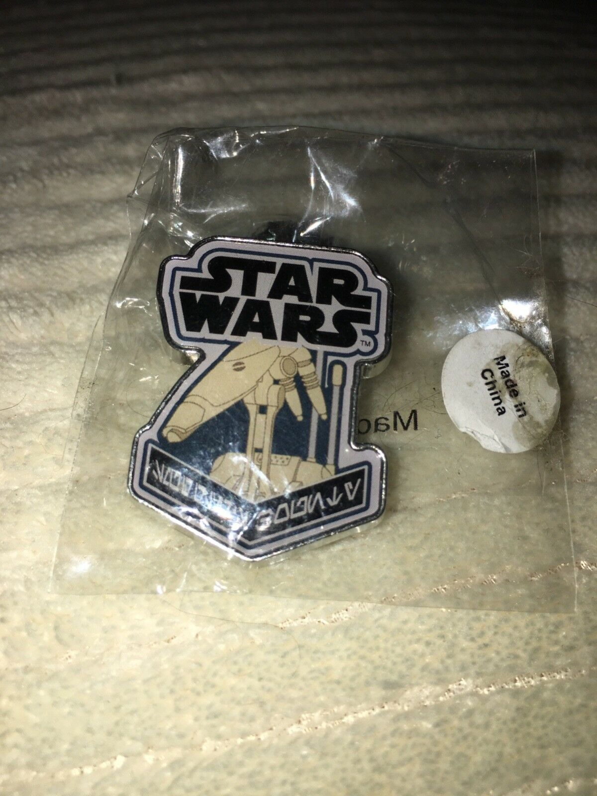New Star Wars Pin Badge B1 Battle Droid From Funko
