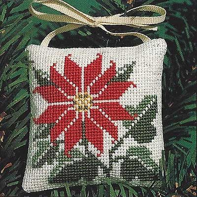 free counted cross stitch needlepoint pattern design freebie en Pdf ici... http://www.prairieschooler.com/images/free/design-july2015.pdf