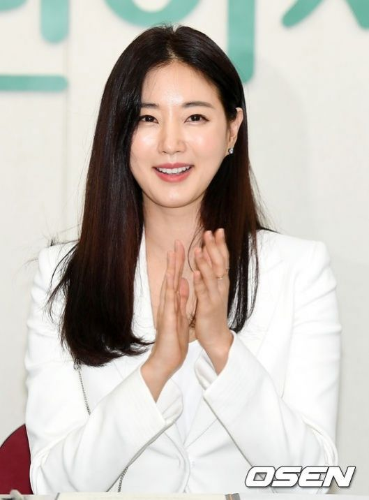Kim Si-hyang (김시향) - Picture Gallery @ HanCinema :: The