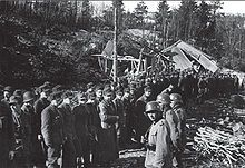 The surrendered garrison assembled in the ruined fortress camp-By 2 May, both Namsos and Åndalsnes were evacuated by the British. On 5 May, the last Norwegian resistance pockets remaining in South and Central Norway were defeated at Vinjesvingen and Hegra Fortress.