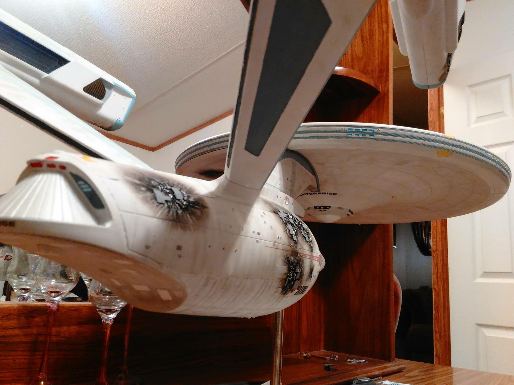Star trek uss enterprise ncc refit 1 scale model - 1 350 Scale Polar Lights Uss Enterprise Refit Model Battle Damage