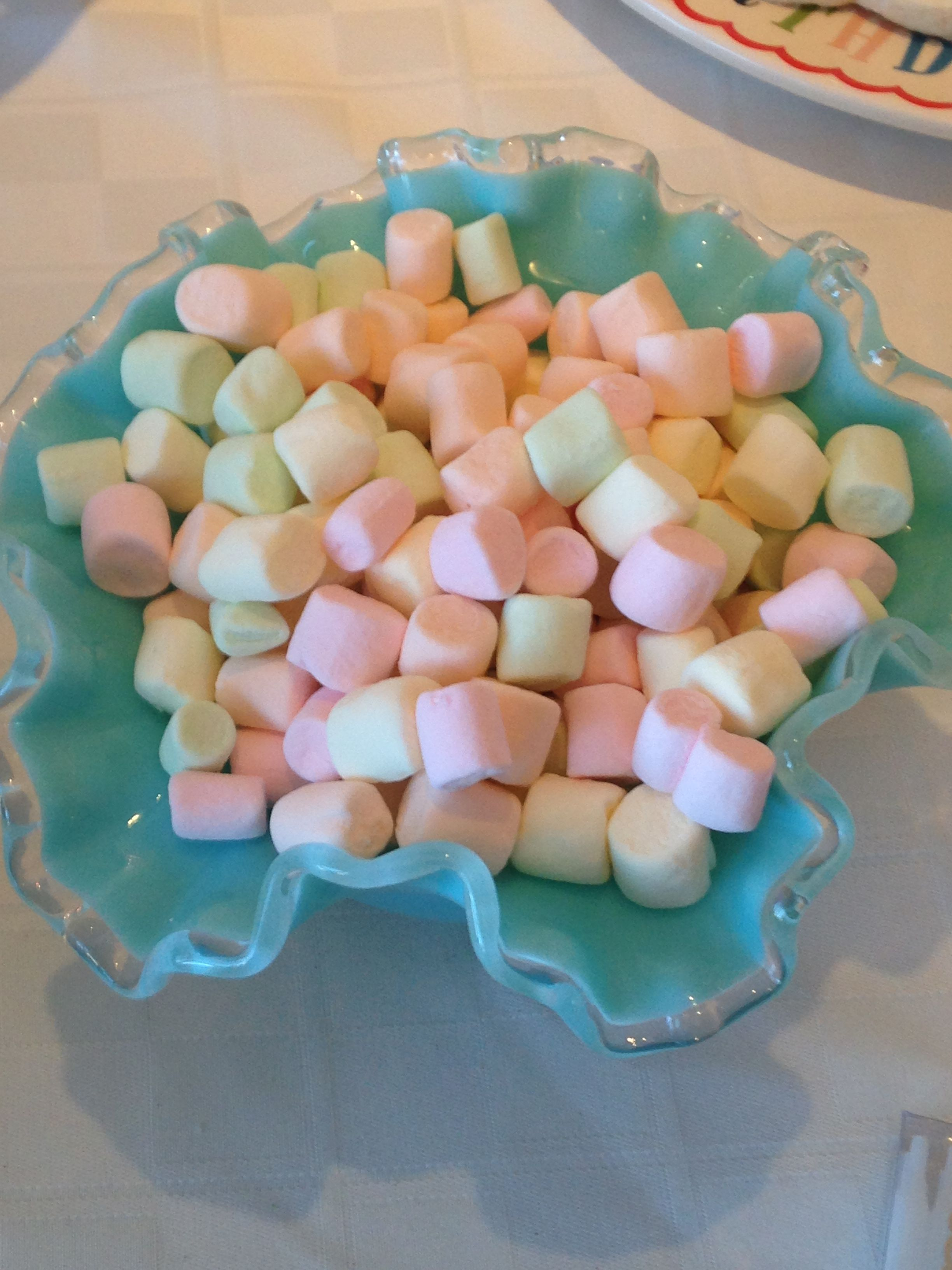 Fun Mini Marshmallows Elodie Turns 2 By Treatur Sweet Pinterest Marshmallow Discover Ideas About
