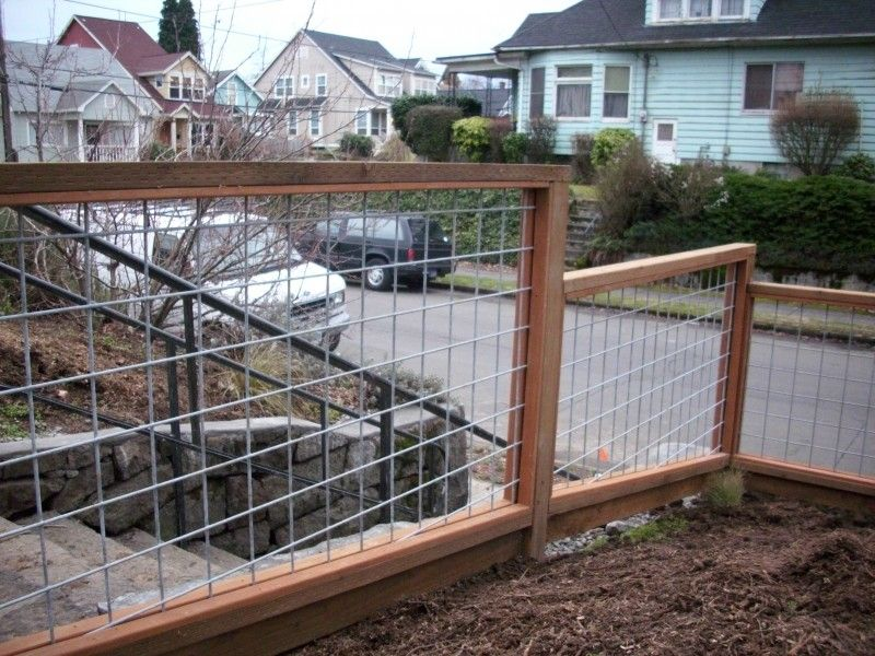 Galvanized Wire Fence With Pressure Treated Frame Wire Fence
