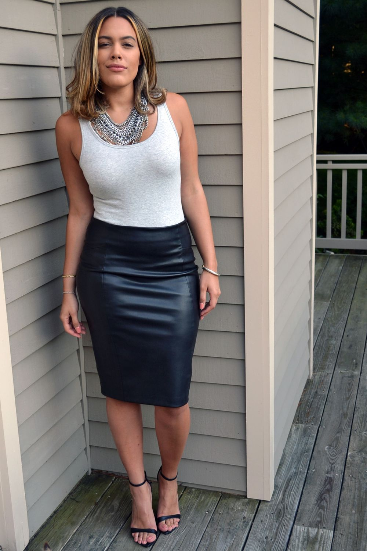 a9dfa3025e black leather pencil skirt   Style   Black skirt outfits, Black ...