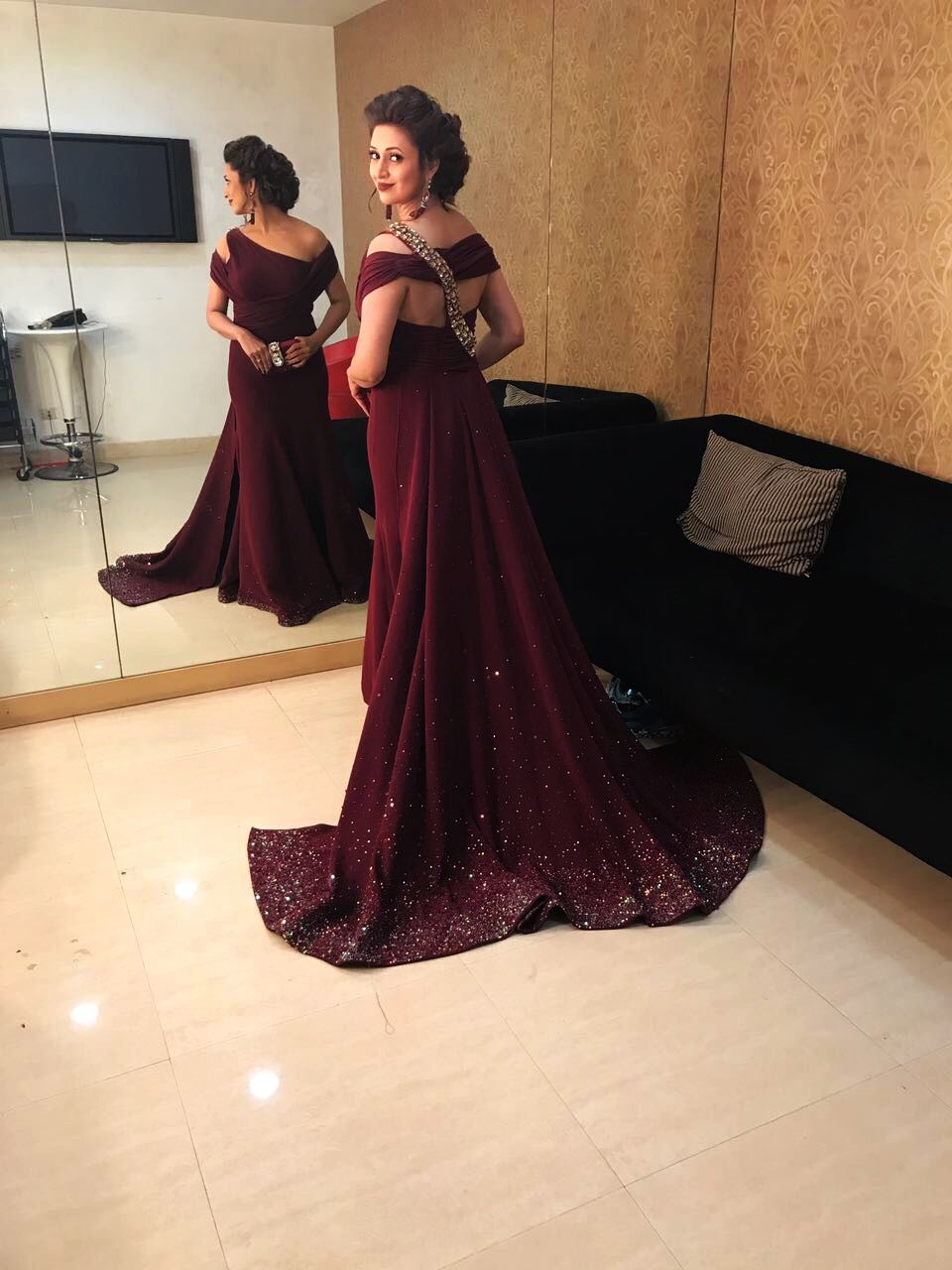 808f67e1c52ac Beautiful back. Red carpet evening gown in wine colour | Evening ...