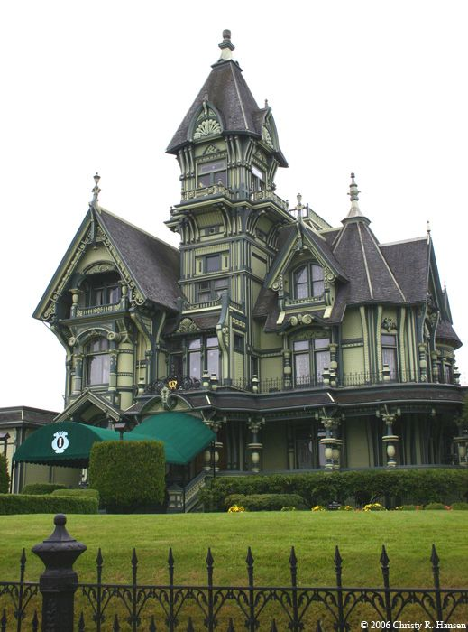 Queen Anne In Eureka Ca So Cool Victorian Homes Carson Mansion Mansions