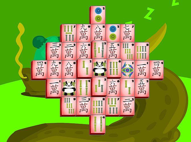 """A bambuszmedve természetesen a panda, amely mesél egy """"madzsongokkal megfűszerezett"""" történetet, ez az játék egyik fele, vagyis a """"story mode"""". A másik fele a """"hagyományos"""" 144 ábrás szoliter (pasziánsz) madzsong."""