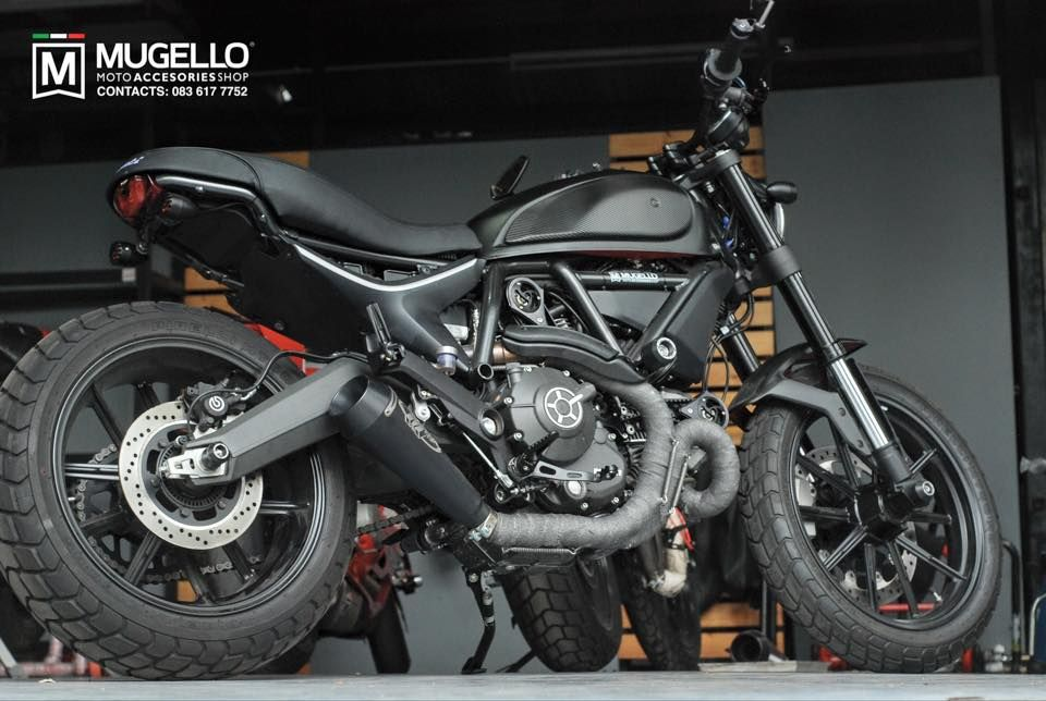 7489d1432437695-scrambler-ducati-facebook-photos