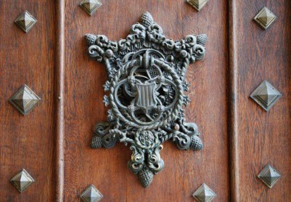 9321244 Medieval Door In Old Castle Named Hluboka Nad Vlatavou Czech Republic Jpg 1203 834 Medieval Door Doors Castle Doors