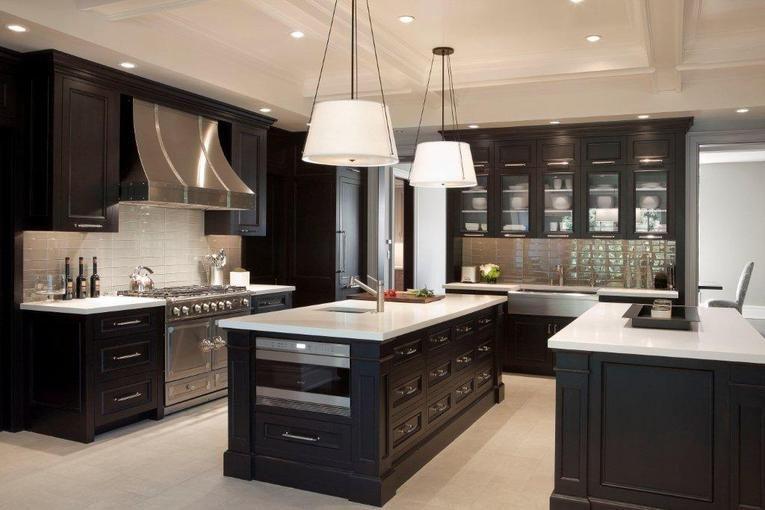 16 Dramatic Dark Kitchen Design Ideas | White bench, White counters ...