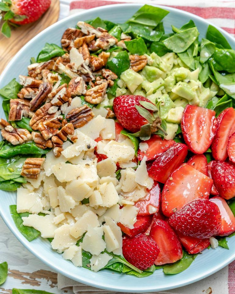 Photo of Strawberry Avocado Salad to Clean Your Body and Brighten Your Spirits!
