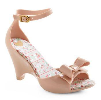 BAB post on vegan wedding shoes