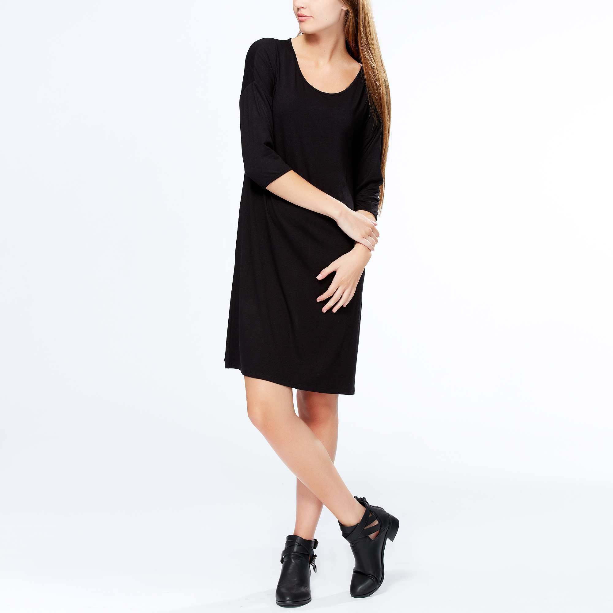 Robe noire fluide femme